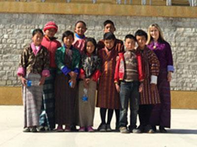 Jennifer Vasta with students